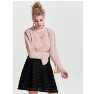 Only peach blouse size 36 (6)